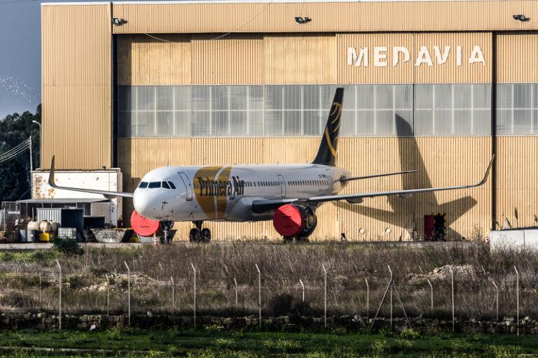 Vigtig information til contractors i Primera Air - flyvebranchen.dk