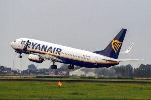 Ryanair under pres: Nu kræver piloter fastansættelse og lokale vilkår
